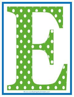 polka dot letters - uppercase E